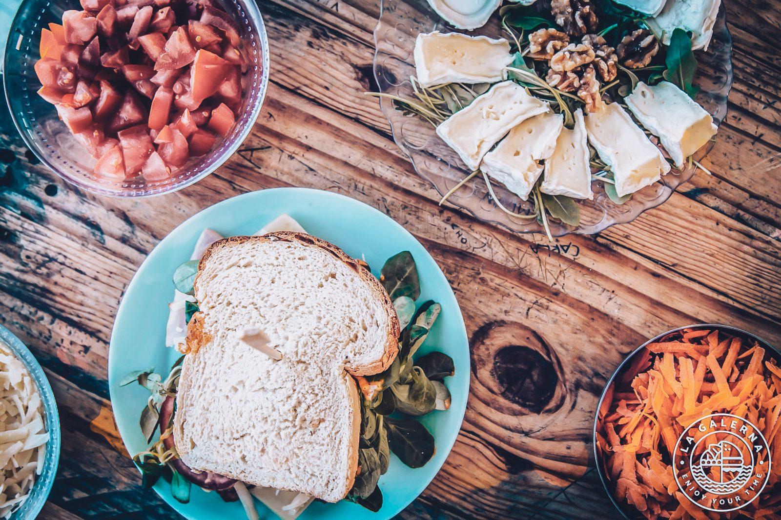 Breakfast in La Galerna