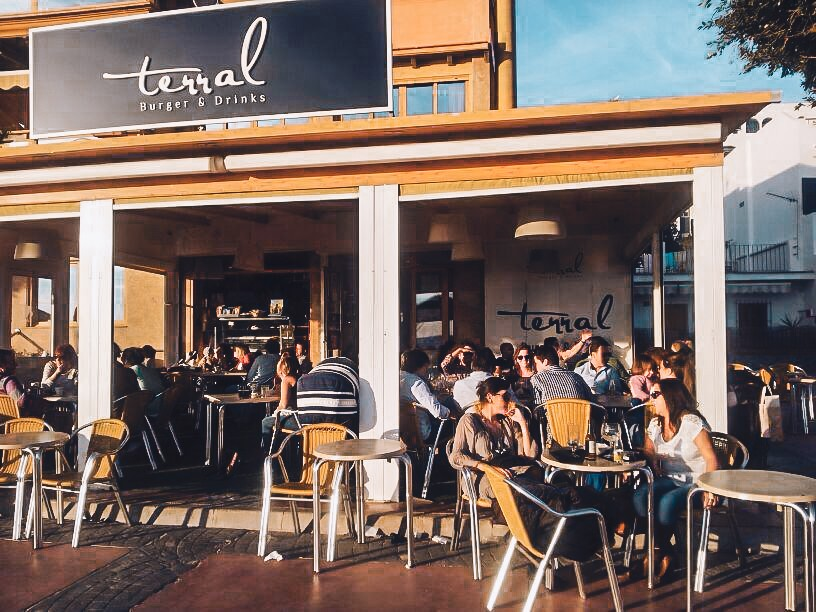 Terral Burger and Drinks terrace Malaga