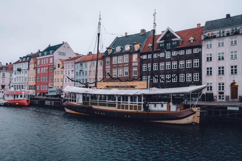 nyhavn copenhagen canal