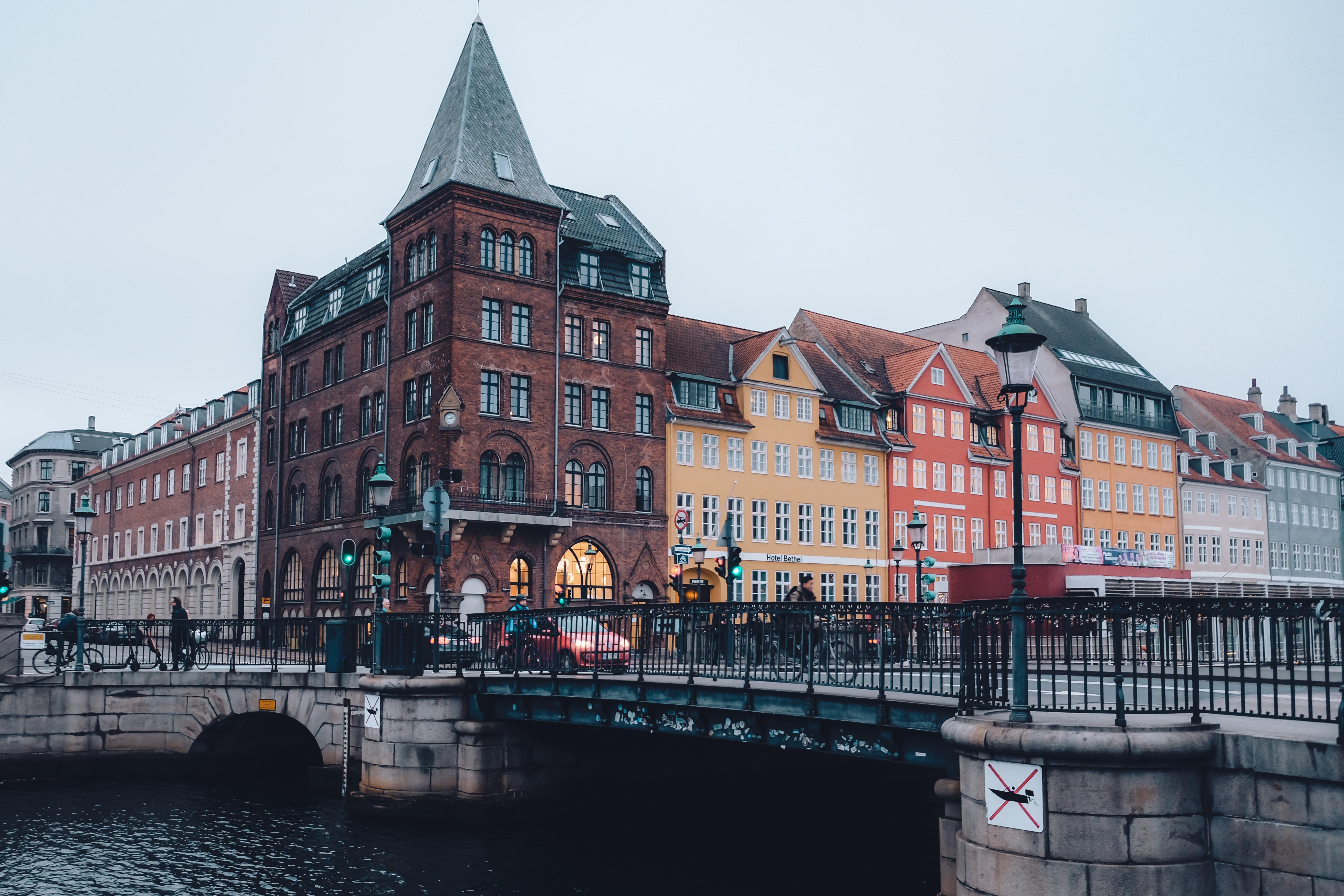 nyhavn copenhagen canals bridge