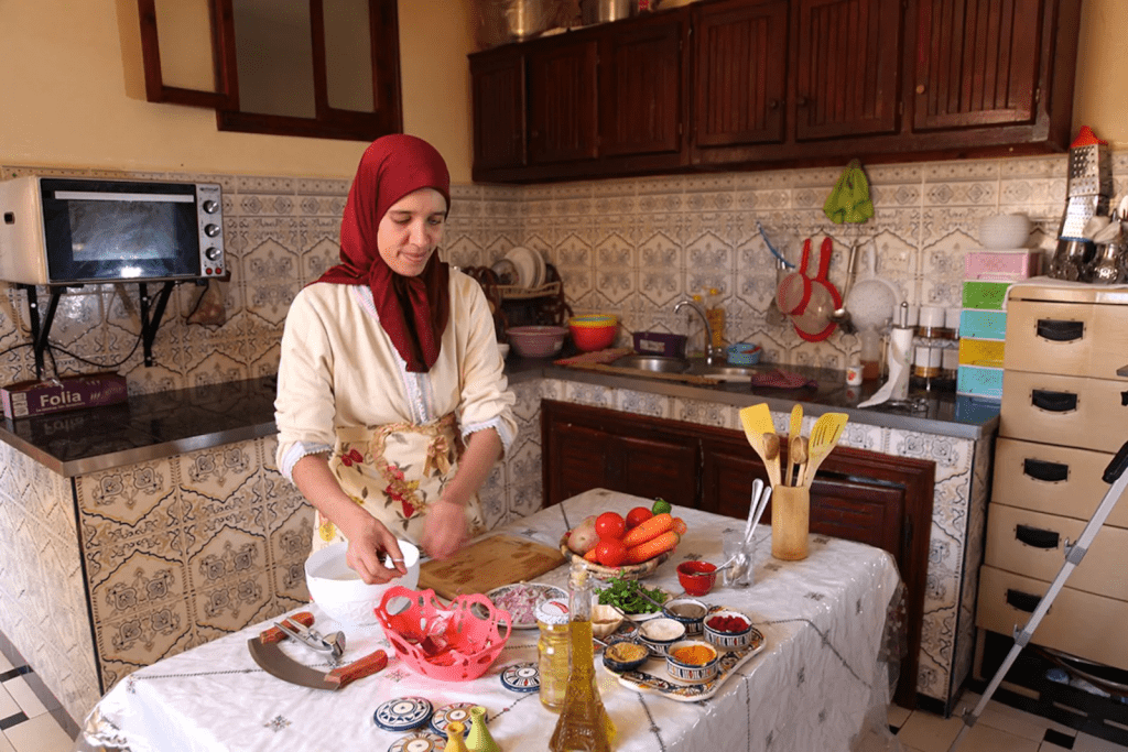 cooking class with morrocan family