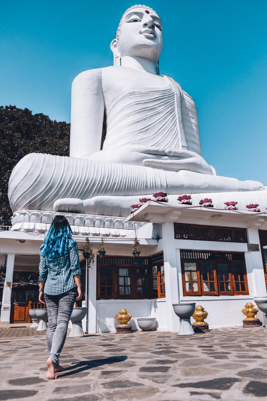 bahirawakanda buddha temple kandy