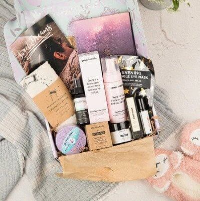 therabox for self-care is a nice subscription gift for a business woman
